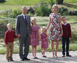 Король Бельгии опасается за детей и просит государственной защиты