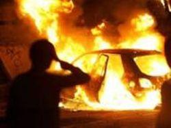 В Алматы подожгли авто защитника заёмщиков Kaspi bank Нарымбаева