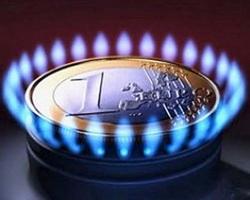 Азаров: газ в Украине будет дешеветь, но постепенно