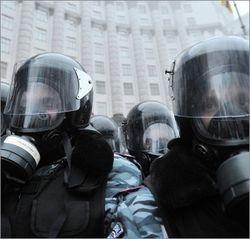 Завтра в Украине могут ввести военное положение - вице-спикер