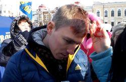 В Кировограде на Вече активистам разбили головы молотком