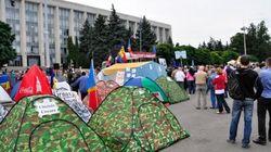 """В Молдове митингующие перешли к """"плану Б"""""""