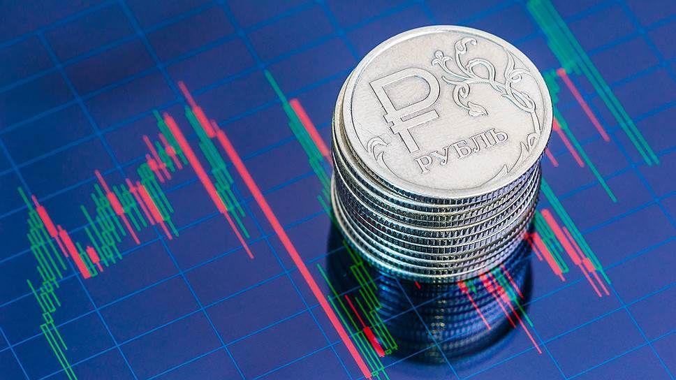 Рубль назван самой уязвимой валютой ЕМ