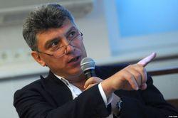 Перемирие в Украине нужно Путину для перегруппировки своих сил – Немцов