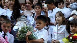 В школах Узбекистана прозвучал первый звонок