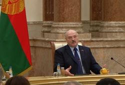 Лукашенко заявил России о бесполезности попыток наклонить Беларусь