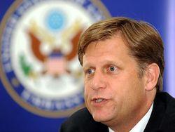 Макфол призывает к международной изоляции России