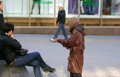 После заявлений Каримова в Ташкенте началась кампания против просящих милостыню