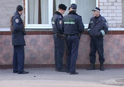 С 4 июня украинские милиционеры будут трудиться круглосуточно
