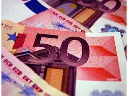 Курс евро вновь укрепляется к доллару на Forex