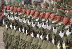 Китай активно наращивает армию у границ с Россией
