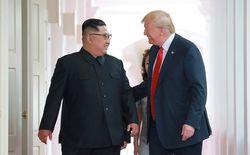 Ким Чен Ын и Дональд Трамп в Сингапуре