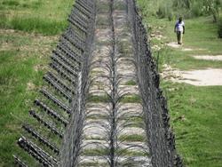 Стена как четвертая попытка Украины обустроить границу с Россией