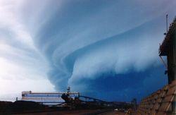 Экологи предлагают называть ураганы именами политиков