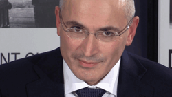 В России требуют заблокировать сайт Ходорковского как врага народа