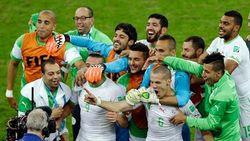 Победу над Россией алжирцы во Франции отметили громко и файерно