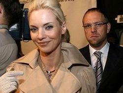 Экс-супруга  адвоката Власенко: За ним долг по алиментам 80 тысяч гривен