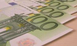 Курс евро снизился до 1,3803 к доллару на Форекс после разочаровывающих макроданных еврозоны