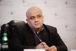 Бойцы АТО нашли склад боеприпасов на даче депутата ВР от КПУ под Луганском