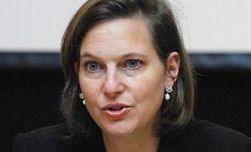 Поставки Россией оружия сепаратистам нарушают Минские соглашения – Нуланд