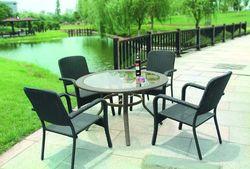 Бренды садовой мебели «Magis» и «Smania» вырвались в лидеры на российском рынке в июле 2014г.