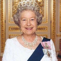 Елизавета II обещает сохранить давление на РФ