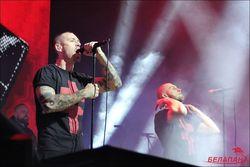 Сергей Михалок и Brutto на концерте посвятили песню памяти бойцов АТО