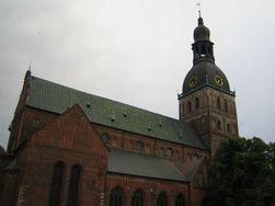 Недвижимость Латвии: Домский собор разрушается