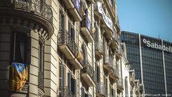 Бизнес побежал из Каталонии