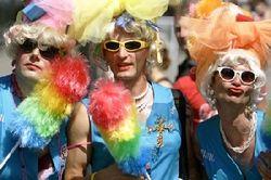 Бродвей на видео в YouTube высмеивает запрет гей-пропаганды в России
