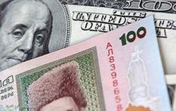 Курс гривны к доллару и евро продолжает укрепляться