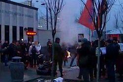 «Верное казачество» спалило фото Нуланд у посольства США – причины