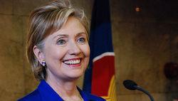 Хиллари Клинтон не удовлетворила просьбу студентов о выдаче гонорара