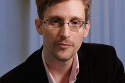The Guardian и New York Times просят Обаму помиловать Сноудена