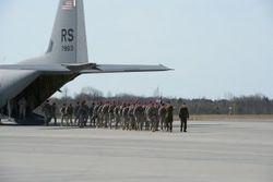 Бжезинский: США должны предотвратить захват Риги и Таллина Россией