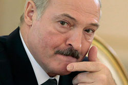 Лукашенко заявил, что события в Украине «нужно остановить любой ценой»