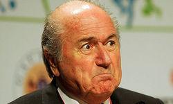 Расизм на стадионах России есть, но ЧМ там не отменят – глава ФИФА Блаттер