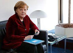 Меркель объяснила противоречия вхождения Крыма в РФ