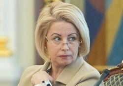 Анна Герман советует Януковичу приехать в Крым