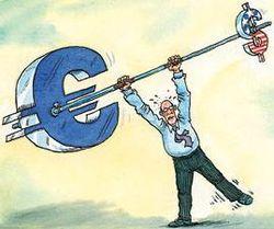 Курс доллара снижается к евро на 0,08% после слабого восстановления экономики США