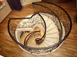 Названы самые популярные торговые марки лестниц для дома и компании-продавцы в России