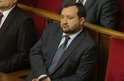 """Янукович расширил полномочия премьера Арбузова за пределы """"и. о."""""""