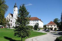 Адольфа Гитлера лишили звания почетного гражданина еще в одном городе ФРГ