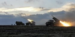 На Донбассе боевики из «Градов» обстреляли военных и гражданских