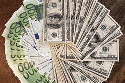 Курс евро на Forex торгуется у отметки 1.2740