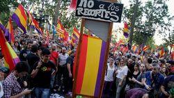 Демонстранты в Испании требуют смены королевского строя на республиканский