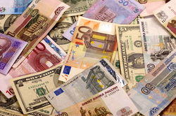 Курс доллара и евро на «Московской бирже» установили рекорд на Форексе