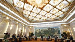 Китай деньгами завлекает союзников США – FT
