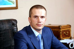 Янукович-младший рассказал о подробностях побега отца