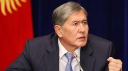 Атамбаев критикует политику правительства Узбекистана по отношению к Кыргызстанe